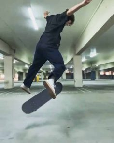 Wow @notdylanjaeb #shralpin #skatebording…