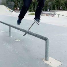 Wow @jonny_chinaski_giger  is a magician : @mike_myson #shralpin #skatebording…