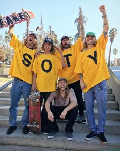 Congrats  to a well deserved #SOTY @jamie_foy  @thrashermag…
